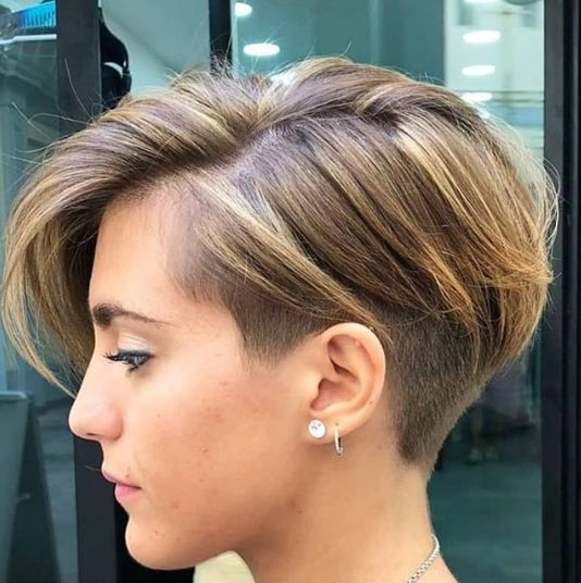 Fabulous Pixie Haircut Design Ideas for Women