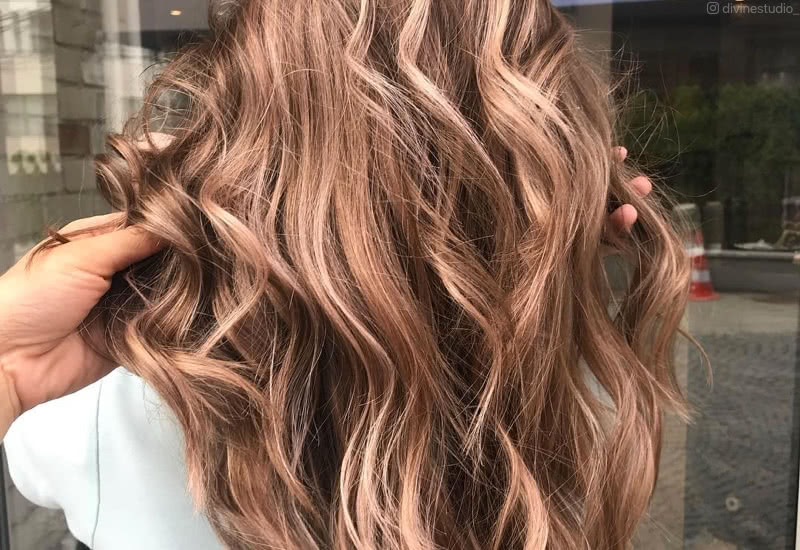 125+ Light brown hair Ideas That Are Cute and Pleasing to the Eye