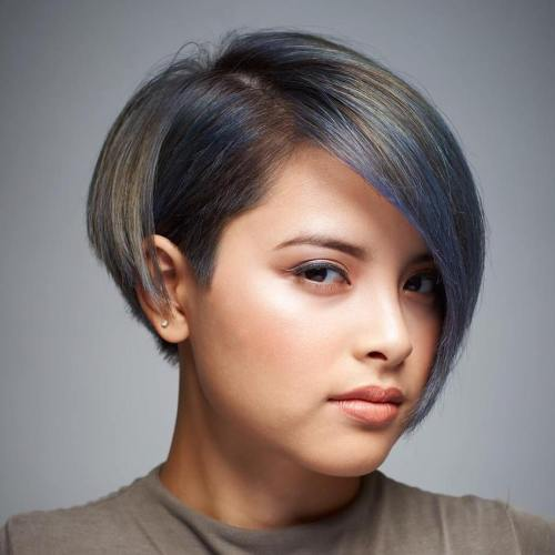 Hairstyles For a Short Hair Round Face