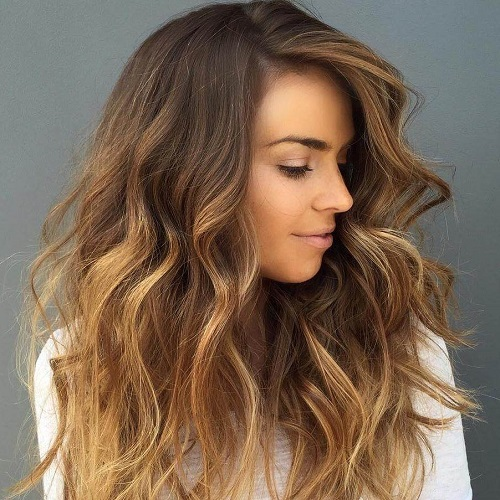 Honey Brown Hair Styles – A Look Which Gives Your Hairs a Sexy Golden Glow