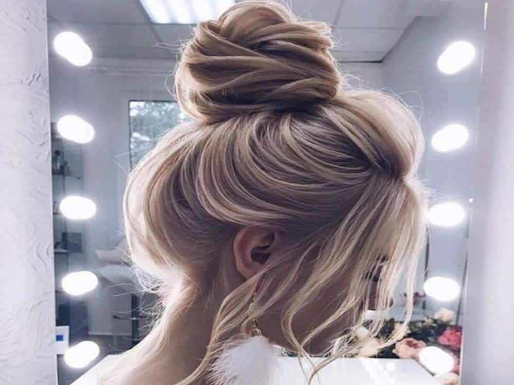 Choosing The Perfect Prom Hairstyles