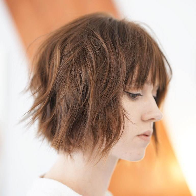 Flattering Short Shag haircuts
