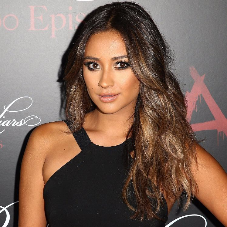 Black Hair With Brown Highlights – Find the Perfect Style For You!