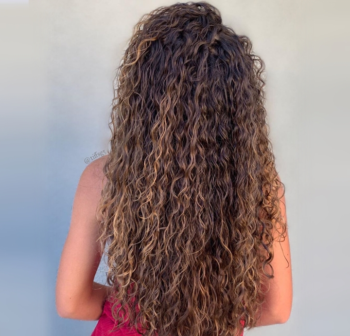 A Quick Look At Long Hair Perm