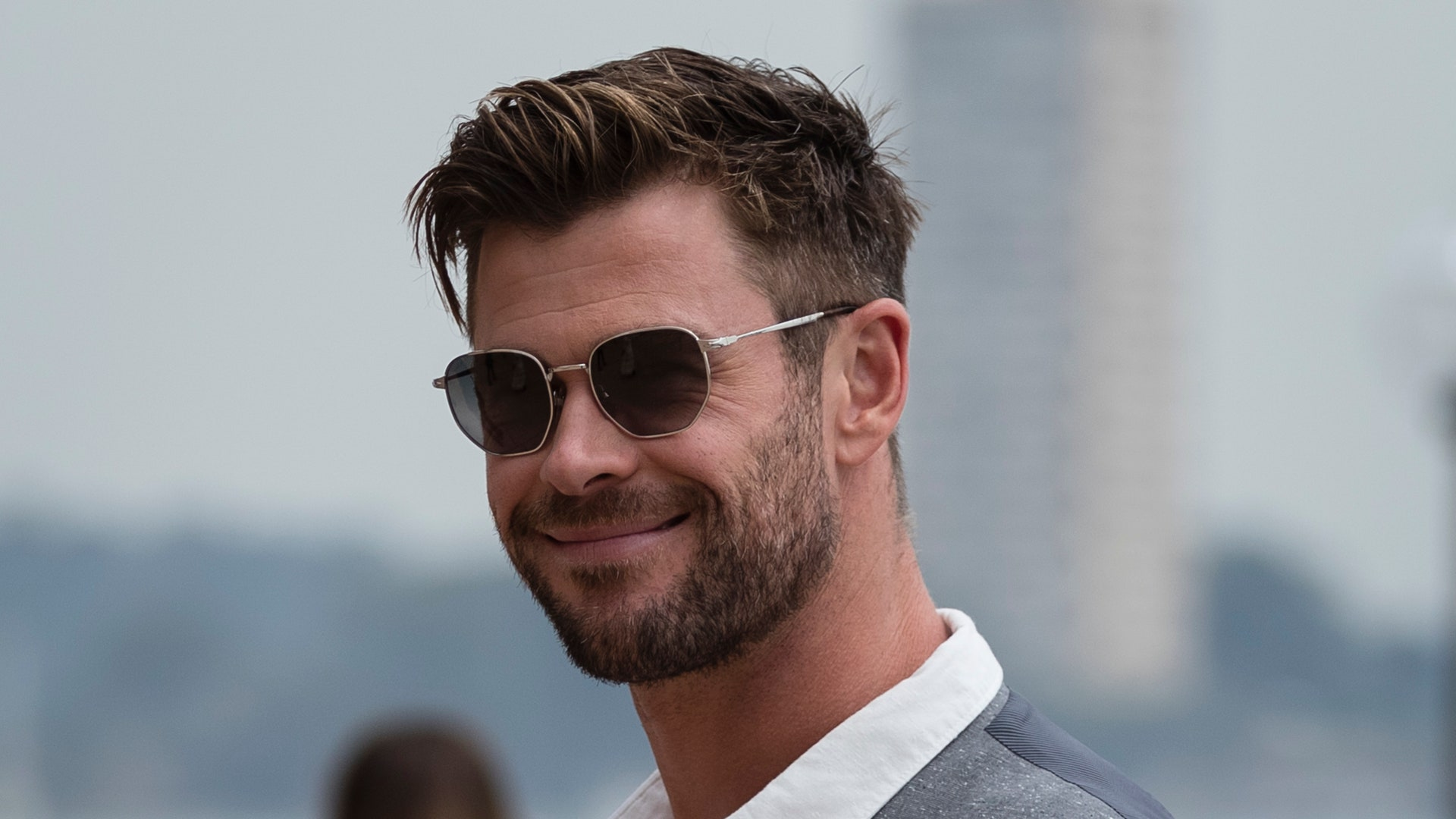 Chris Hemsworth Hair Design Ideas