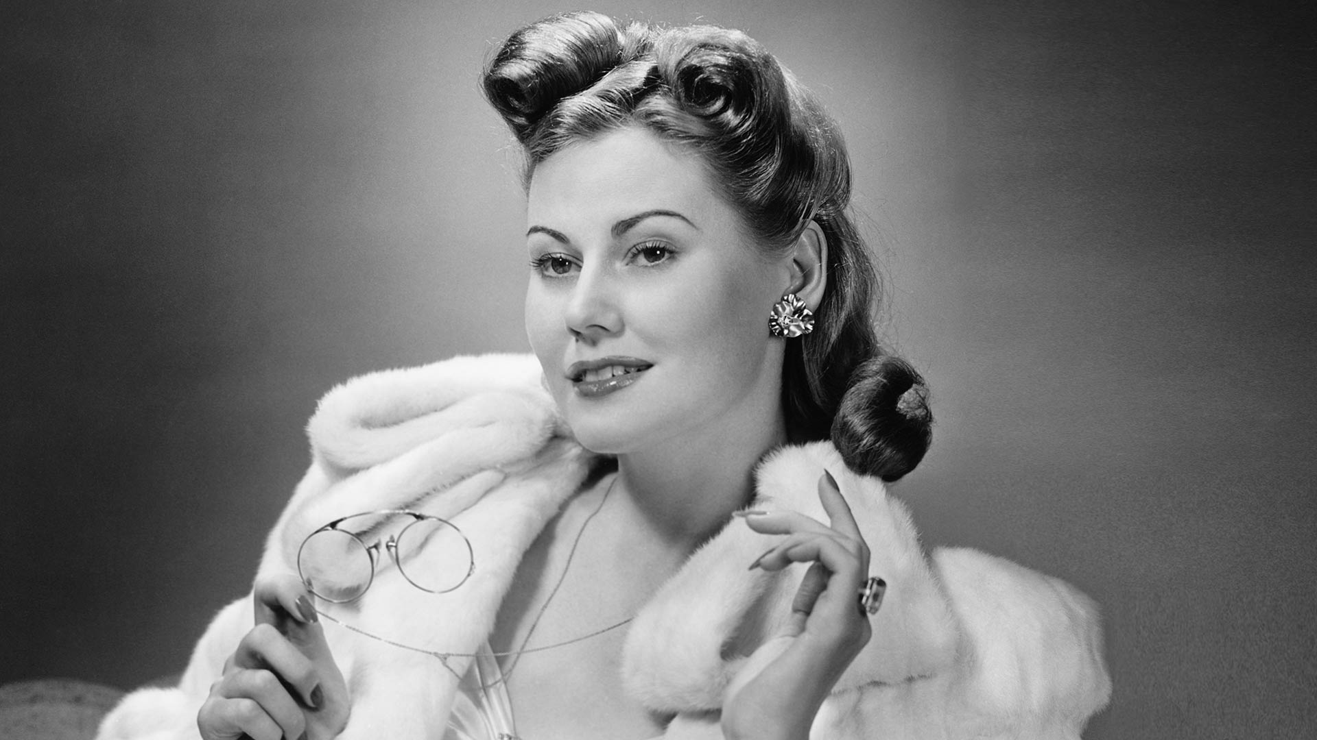 1940s Hairstyles – Simplicity and Sophistication