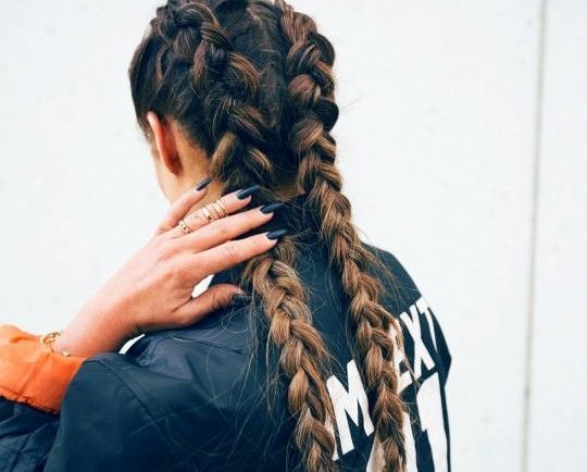 Some of the Trendiest French braid hairstyles Looks for You