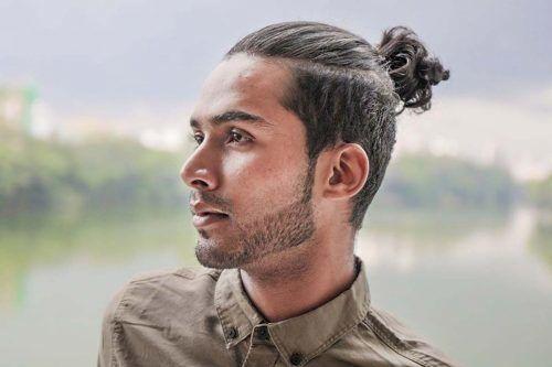Hair Style – Tying In a Man Bun