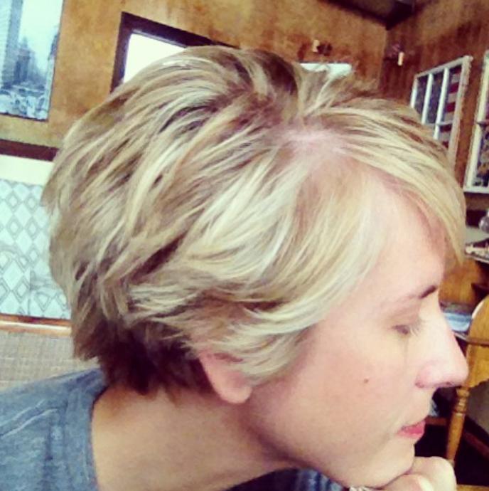 Stylish Erin Napier Haircut