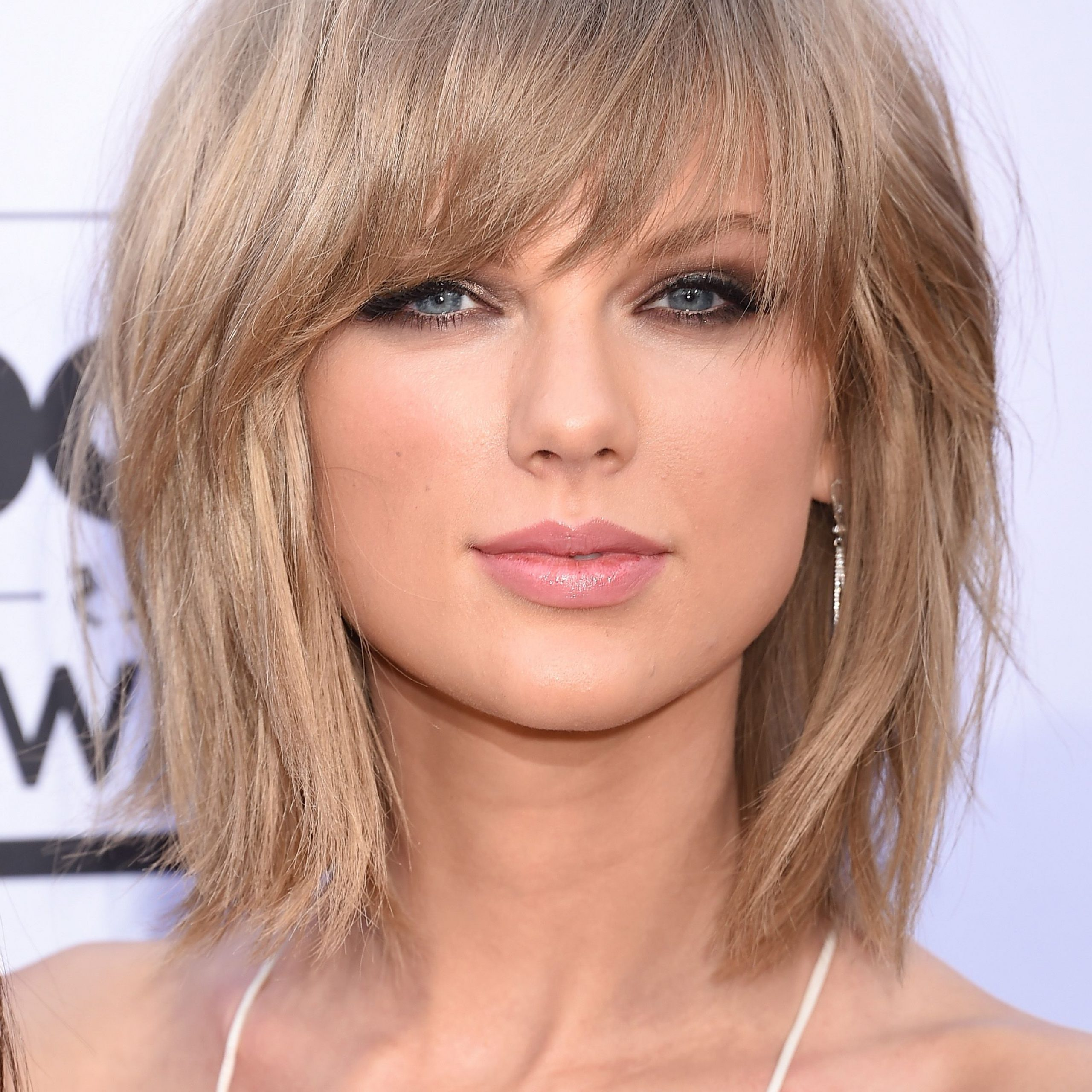 Medium Styles With Bangs – A Step By Step Guide