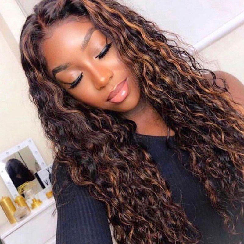 Long Curly Wigs – Are They a Good Choice?