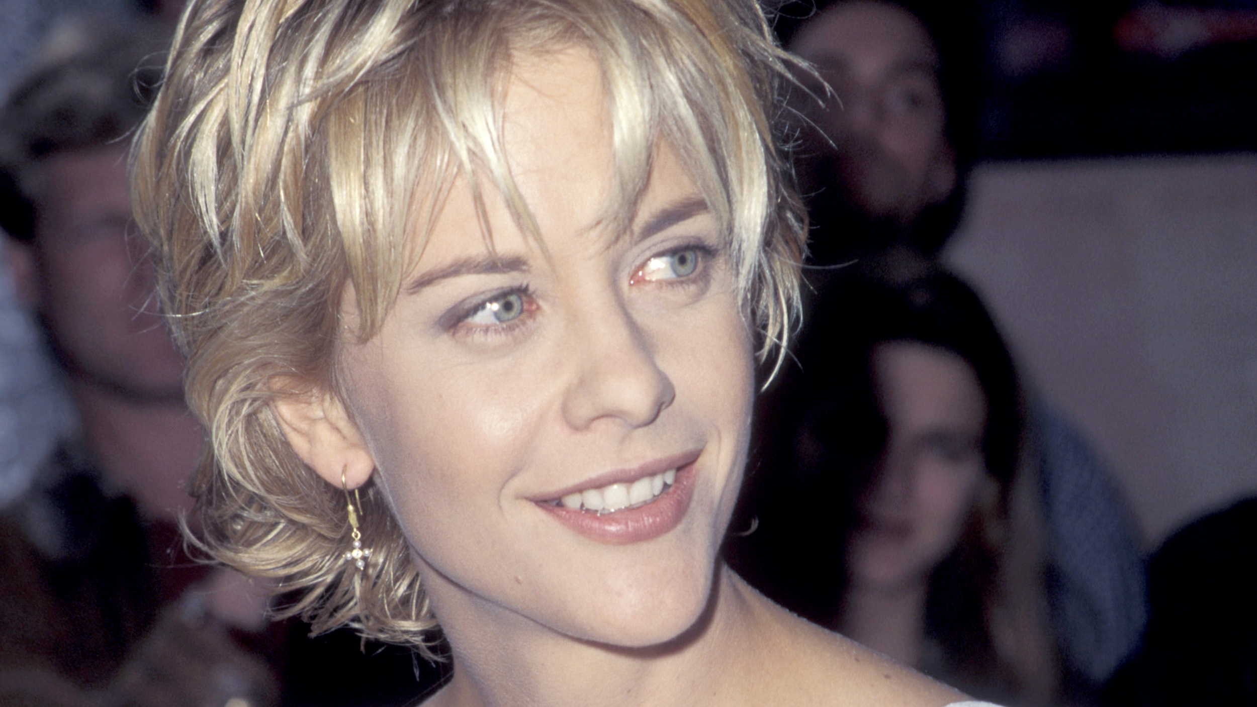 Style Features Modern meg ryan Hairstyles
