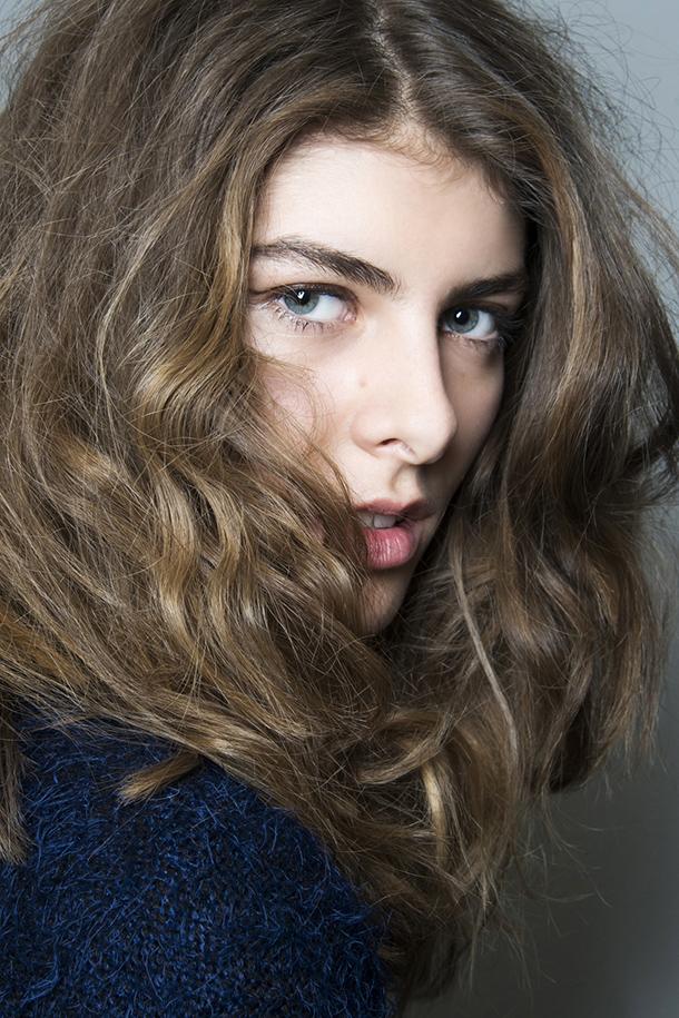Model Ideas – Natural Wavy Hair