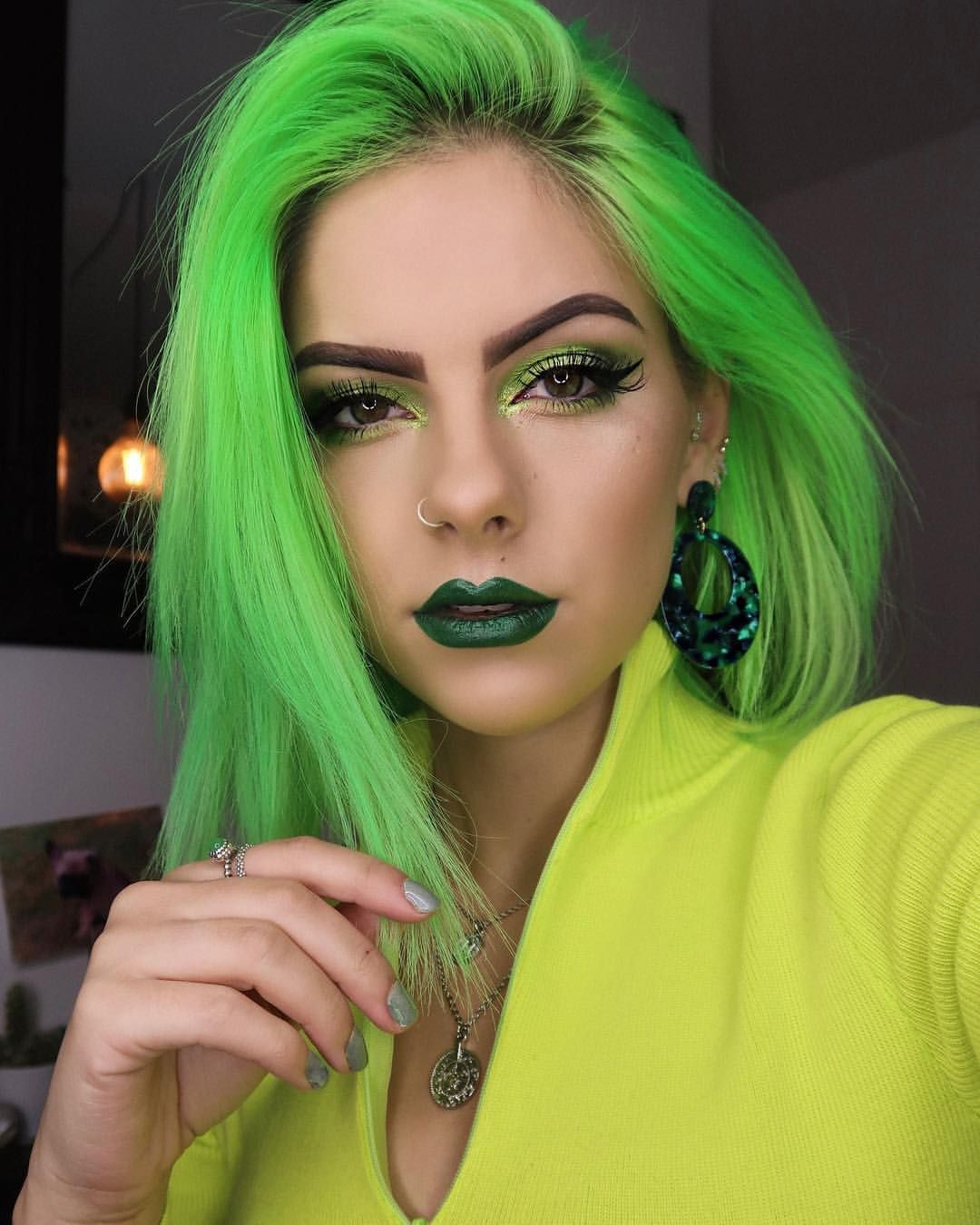 How to Find Beautiful Styles With Neon Green Hair Color