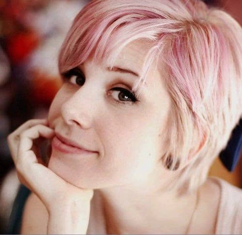 Gorgeous Hairstyles With Pink Short Hair