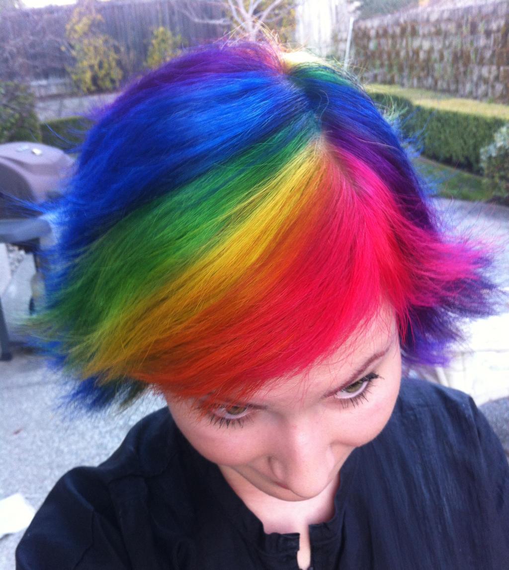 Short Rainbow Hair Looks Beautiful on You