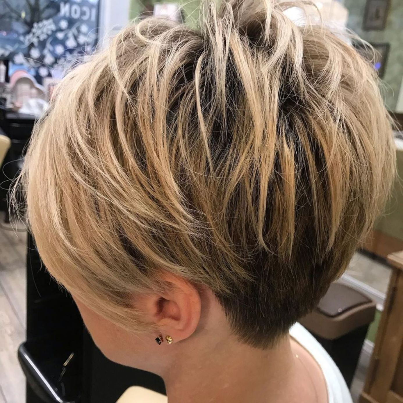 Short Thin Hairstyles Pattern for Women