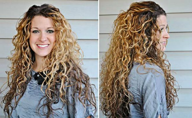 Pattern for Women With White Curly Hair