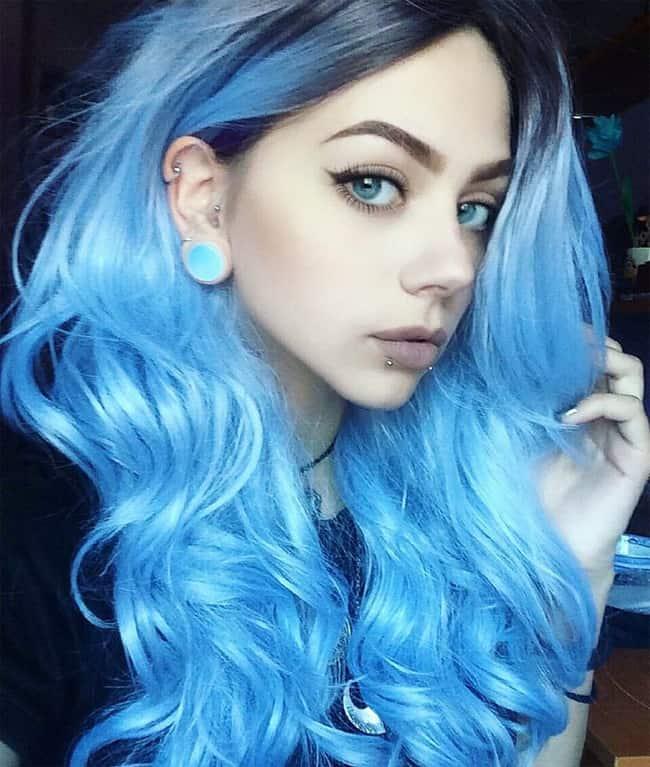 Top 5 Style Ideas for a Blue Hair Girl