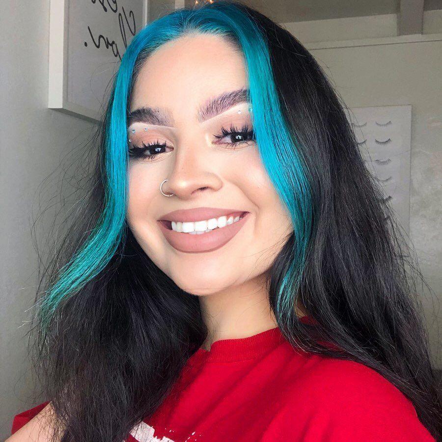 Perfect Blue Streaks in Hair