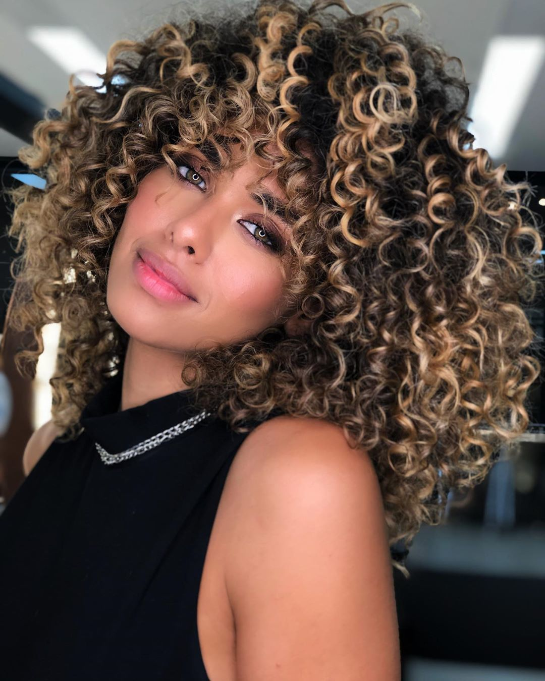 Beautiful Styles For Brown Curly Hair With Highlights