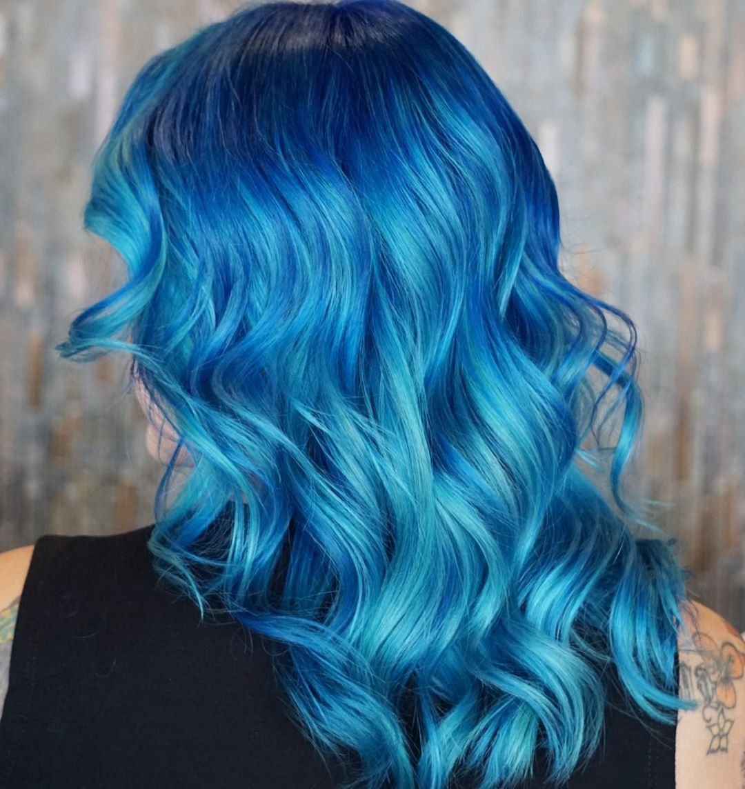 Electric Blue Hair Styles – An Informal Guide