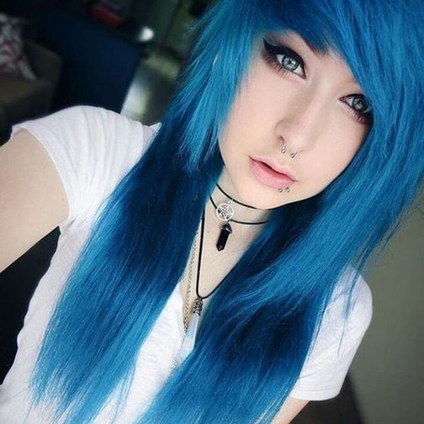 Emo Hairstyles For Girls – The Best of the Edgy and Fuzzy New Model