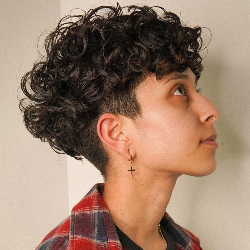 Style Ideas For Girls With Short Curly Hair