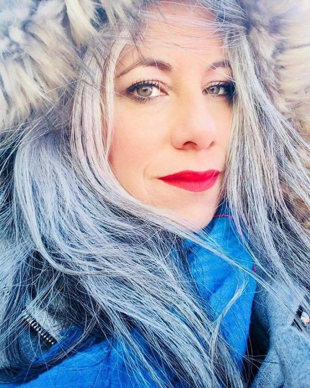 Exciting New Styles For Grey Hair Women