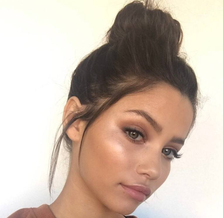 Beautiful Hairstyles For Greasy Hair