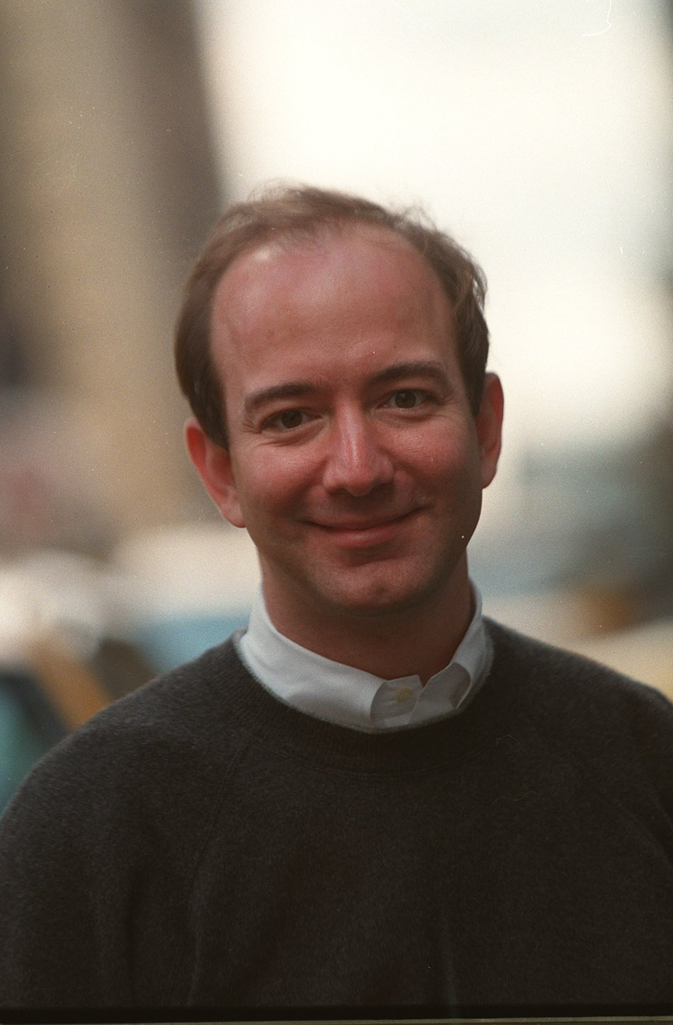 Jeff Bezos with Hair – From Traditional to Modern Design Ideas