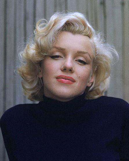 Marilyn Monroe Hair – Fun, Easy, and Frugal!