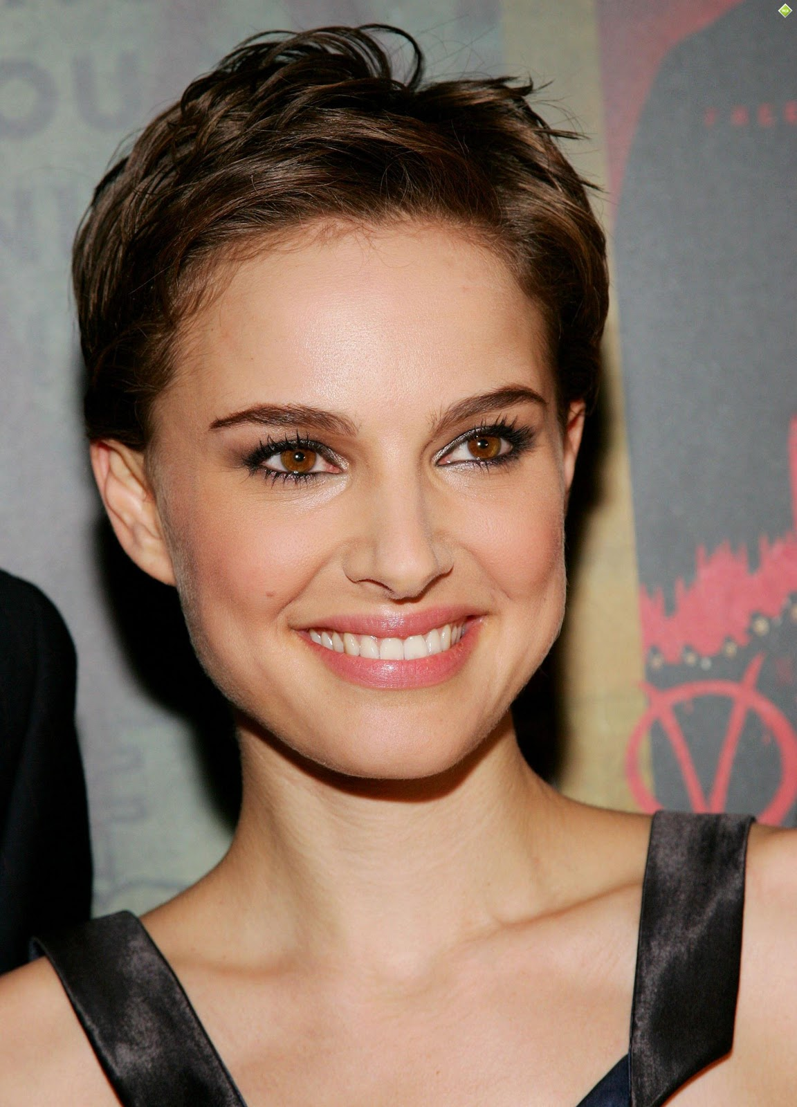 Natalie Portman Short Hair Design Ideas