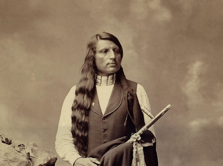 How to Find Native American Hair Design Ideas