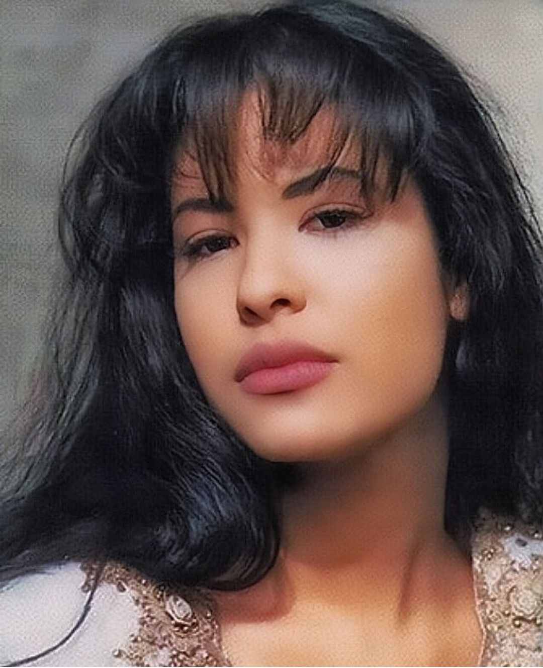 Popular Selena Quintanilla Hair – Get In Shape With These 5 Hot Celebrity Design Ideas