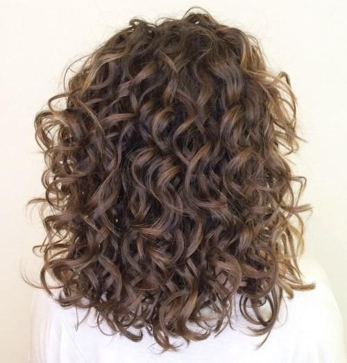 Latest Design – Wavy Medium Curly Hair