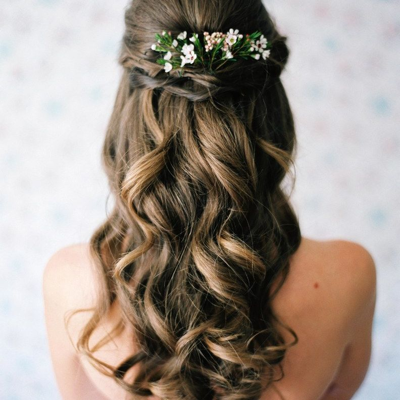 Wedding Hairstyles Down – 3 Fantastic Wedding Styles For Your Updo